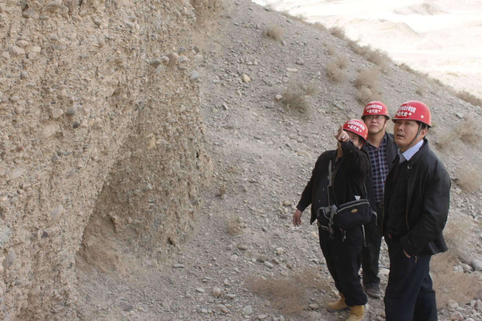 新疆水利水电勘测设计研究院李文星副院长在五一水库调研